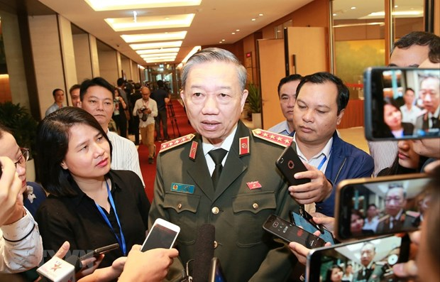 VN's officials likely to send first report on lorry deaths back today hinh anh 1