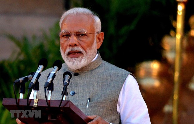 Indian PM welcomes ASEAN's decision to review FTA hinh anh 1