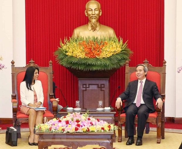 Party's economic official receives IMF guest hinh anh 1