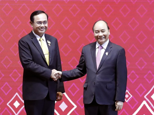 Chairmanship to help Vietnam affirm stature in ASEAN hinh anh 1