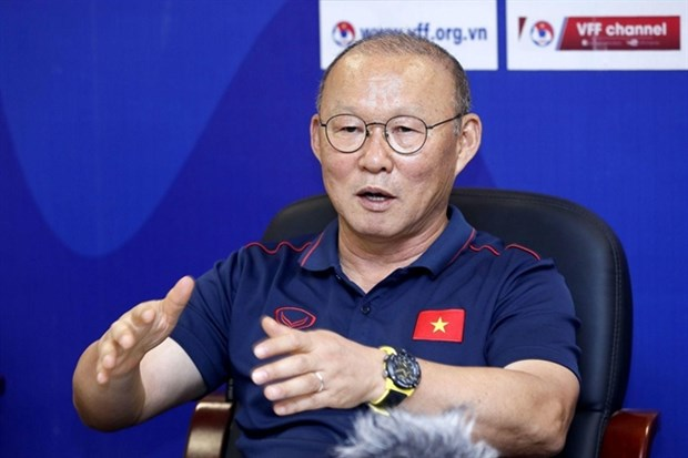 Coach Park Hang-seo extends contract with VFF hinh anh 1