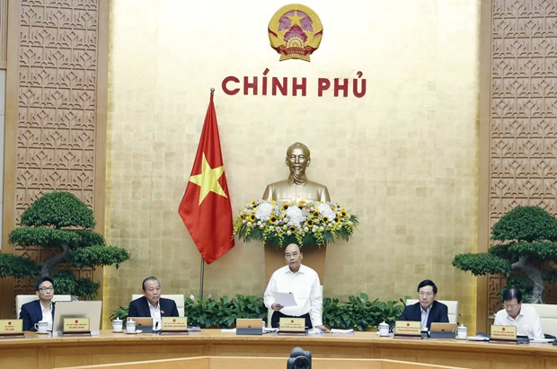 PM: positive results in 10 months create foundation for sustainable growth hinh anh 1