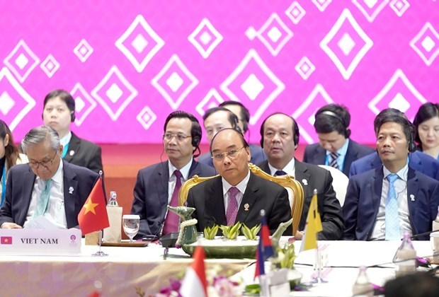 PM concludes activities at 35th ASEAN Summit hinh anh 1