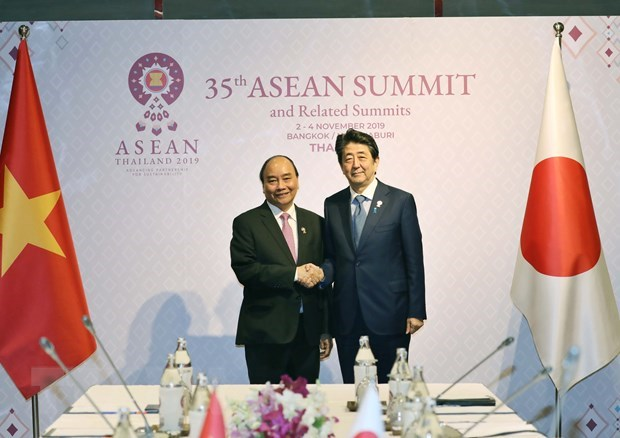 PM concludes activities at 35th ASEAN Summit hinh anh 2