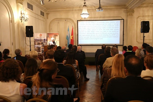 Diplomat highlights potential for Vietnam-Argentina economic cooperation hinh anh 1