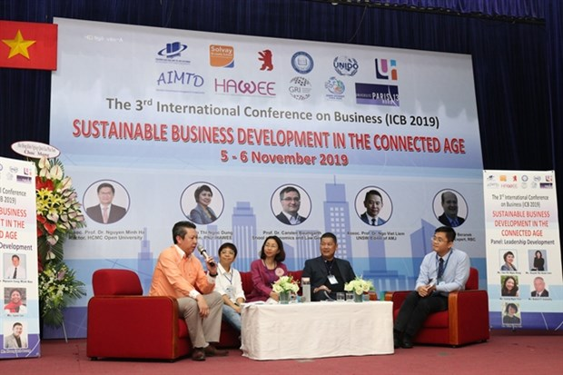 More firms need to adopt sustainable development practices hinh anh 1