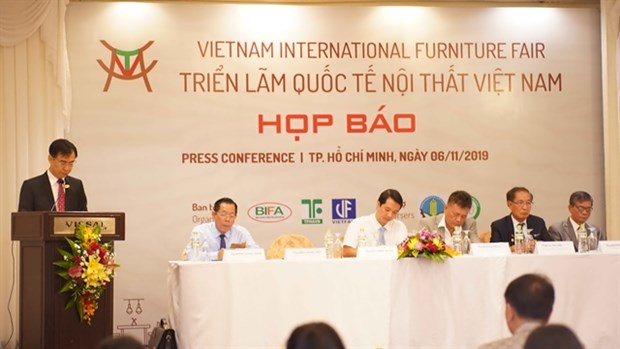 Woodworking industry confident of meeting year's export target hinh anh 1