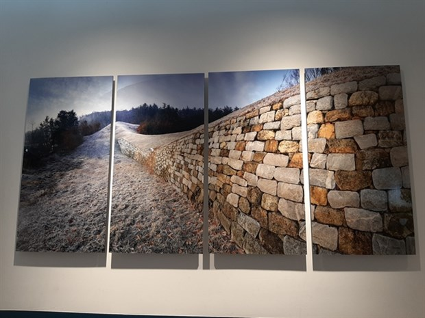 Photo exhibition introduces Korean World Heritage Site hinh anh 1