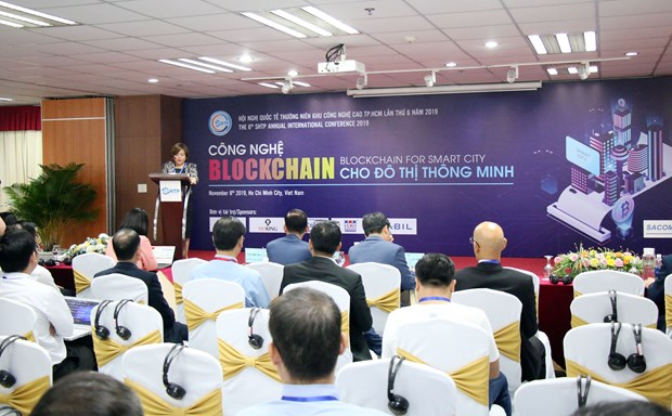 Int'l conference spotlights blockchain technology for smart urban areas hinh anh 1