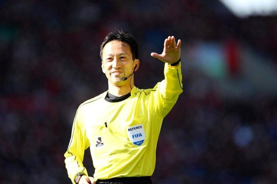 Japanese referee to officiate at Vietnam vs UAE match hinh anh 1