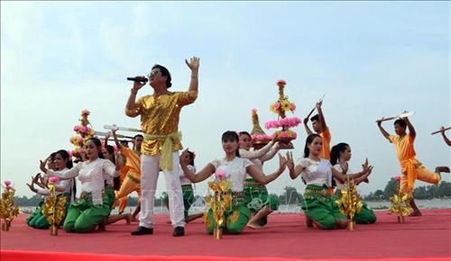 Culture-sport-tourism festival of Khmer people opens in Kien Giang hinh anh 1