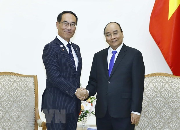 PM Phuc receives Japanese local official hinh anh 1
