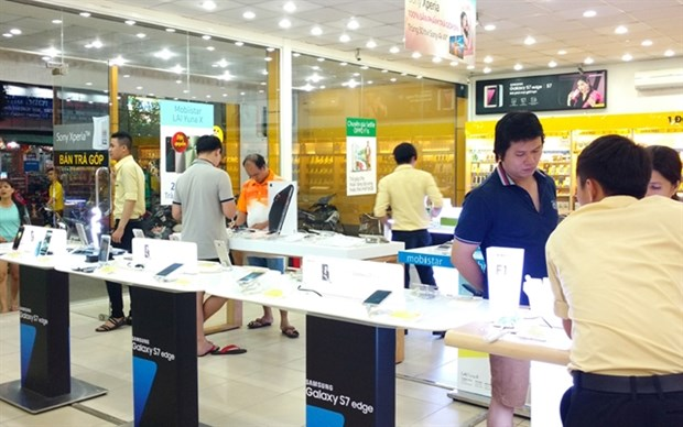 VN-Index to move flat, large-cap stocks to weaken hinh anh 1
