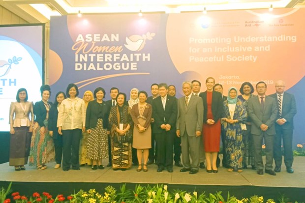 ASEAN emphasizes women's role in maintaining peace hinh anh 1
