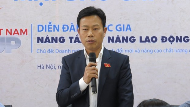 Forum to discuss improving skills for Vietnamese labourer hinh anh 1