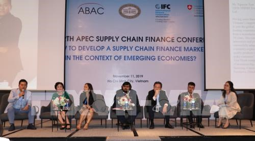 Vietnam lacks supply chain finance services: conference hinh anh 1