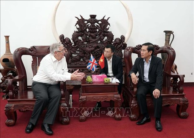 UK's Aberdeen city seeks cooperation opportunities in Ninh Thuan hinh anh 1