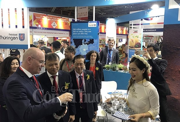 Vietnam Foodexpo helps boost trade cooperation with foreign firms hinh anh 1