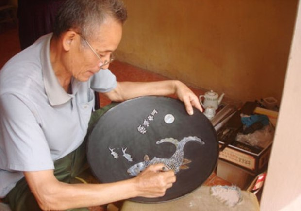 Hanoi's two more craft villages recognised as tourist destinations hinh anh 1