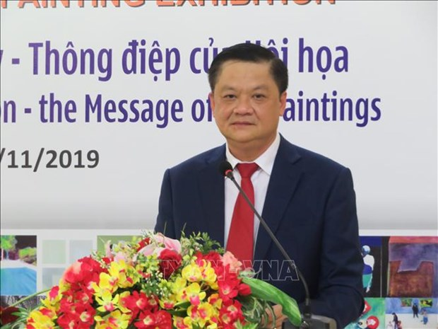 Exhibition on contemporary Hungarian paintings opens in Can Tho hinh anh 1