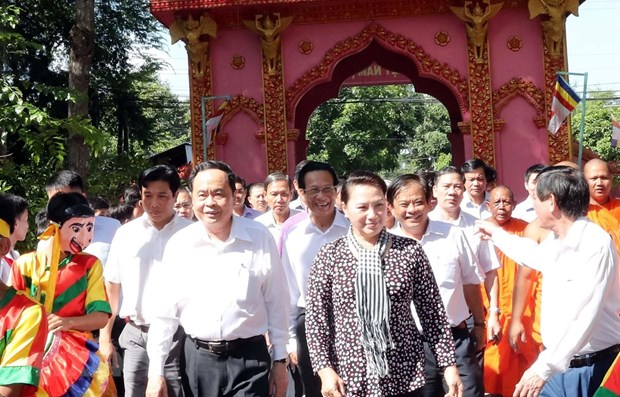 NA Chairwoman attends great national solidarity festival in Tra Vinh hinh anh 1