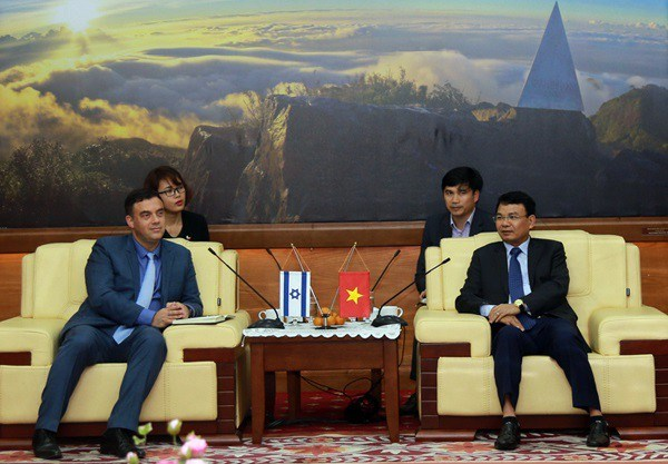Israeli Ambassador to Vietnam visits Lao Cai province hinh anh 1