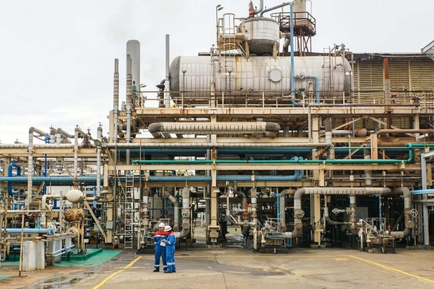 Indonesia speeds up refinery projects hinh anh 1