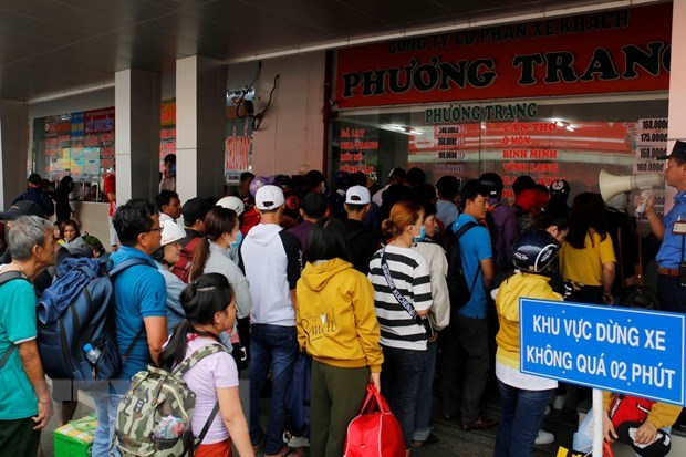 Trade unions to help workers go home for Tet hinh anh 1