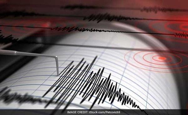 Strong earthquakes shake Laos, Thailand hinh anh 1