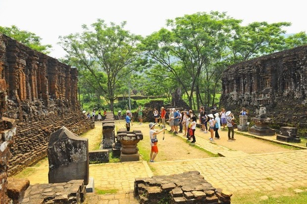 Exhibition highlights preservation of My Son Sanctuary hinh anh 1