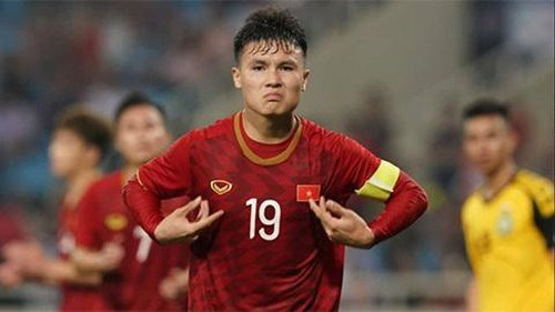 Midfielder Nguyen Quang Hai to captain U22 Vietnam in SEA Games hinh anh 1