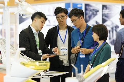 Vietnam Medipharm Expo 2019 to open in Hanoi next month hinh anh 1