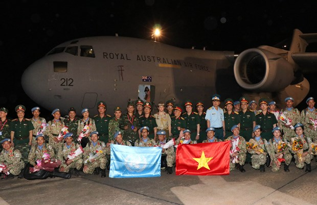 First level-2 field hospital returns home hinh anh 1