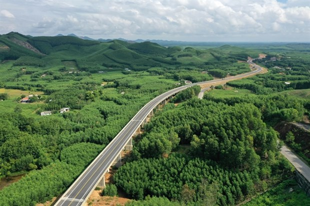 North-South Expressway projects receive applications from 32 investors hinh anh 1