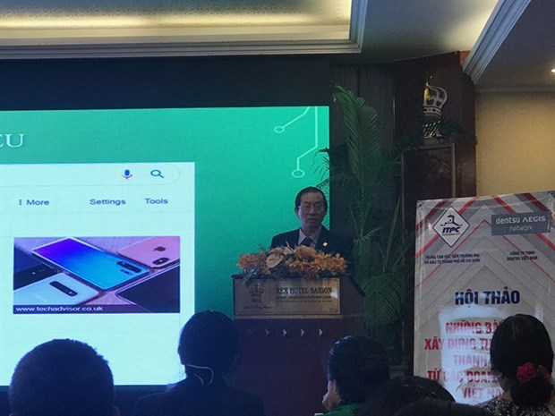 Firms advised to focus on brand building via online channels hinh anh 1