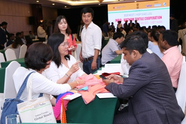 Vietnam, India enhance closer cooperation in textile sector hinh anh 1