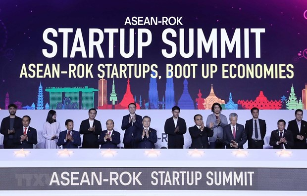 Korean President vows support for ASEAN's startup development hinh anh 1