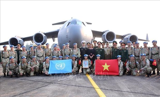 Ministry bids farewell to peacekeepers to join UN mission hinh anh 1