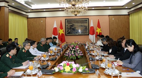 Vietnam, Japan hold 7th defence policy dialogue hinh anh 1