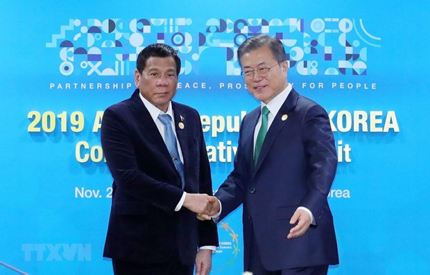 RoK steps up defence cooperation with Philippines, Singapore hinh anh 1
