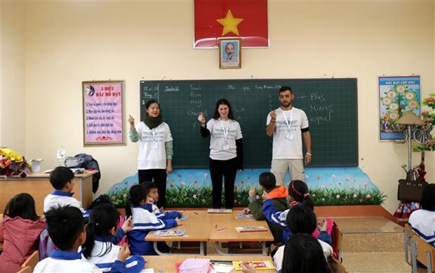 Israeli volunteers join teaching activity in Lao Cai hinh anh 1