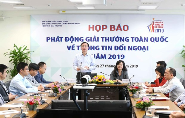 National External Information Service Awards 2019 launched hinh anh 1