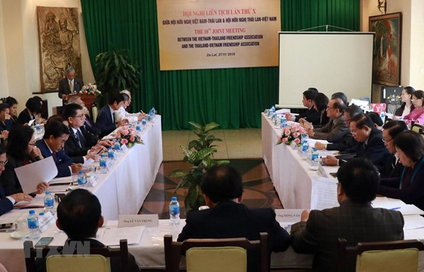 Associations seek measures to foster Vietnam-Thailand friendship hinh anh 1
