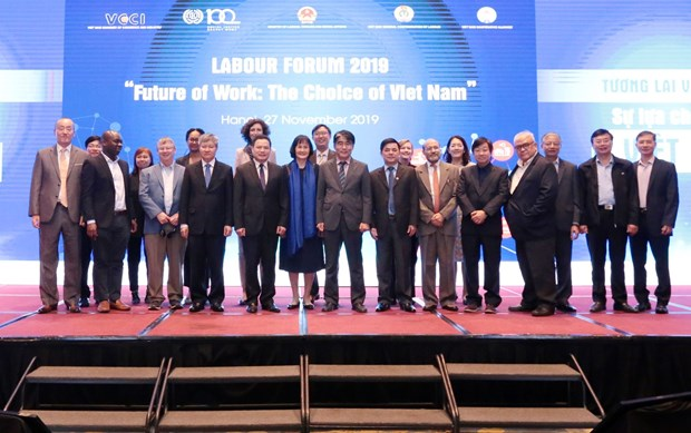 Labour Forum 2019 spotlights future of work hinh anh 1