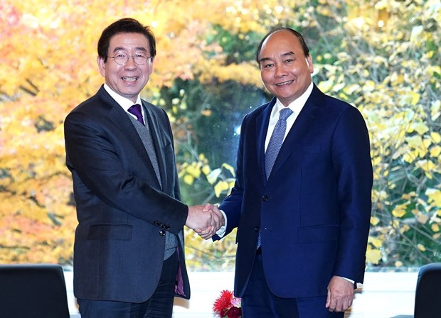 PM applauds Seoul's relations with Vietnamese localities hinh anh 1