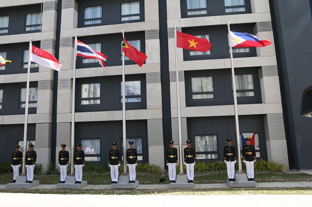 Vietnam takes part in flag raising ceremony at SEA Games 30 hinh anh 1