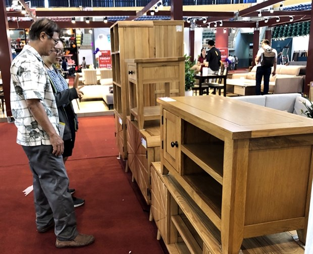 Two furniture fairs open in HCM City hinh anh 1