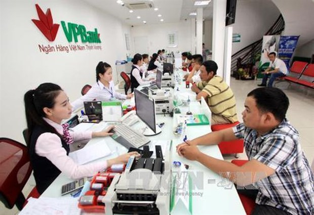 Cash habit, poor infrastructure prevent to non-cash economy hinh anh 1