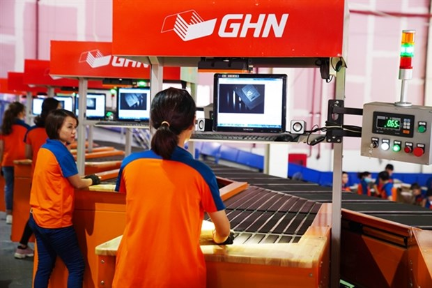 E-commerce helps develop logistics property sector hinh anh 1