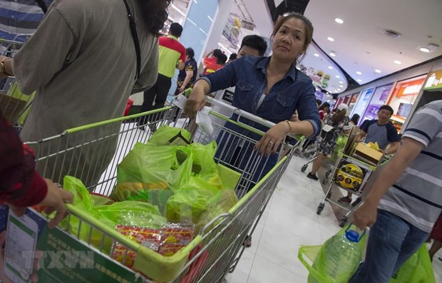 Many shops in Thailand to stop providing plastic bags hinh anh 1